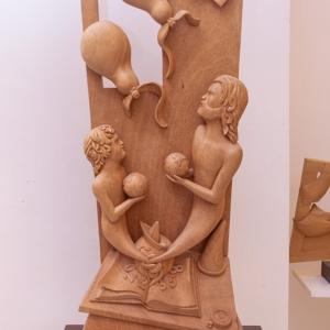 "Sculpture: ""Fantasy"" - 90 h x 38,5 x 10 cm - Wood ""okumé"""